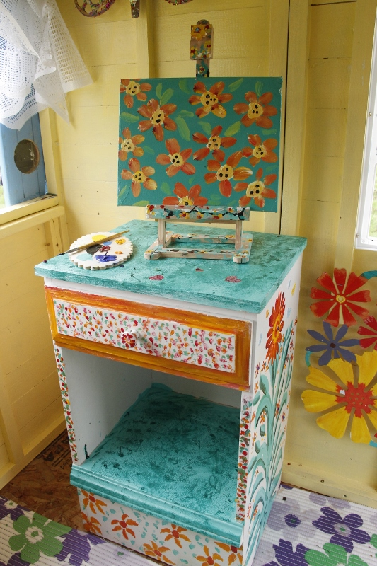 hand painted Easel desk